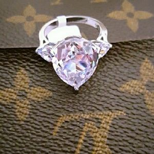 Jewelry - New Huge Pear White Sapphire Ring TK316 Size 8